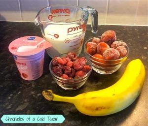 strawberry smoothie 2.jpg